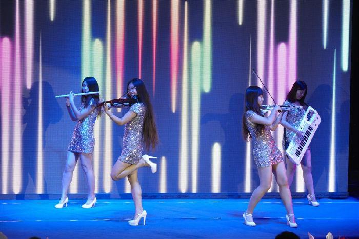 大奖官方娱乐88pt88电小提琴表演